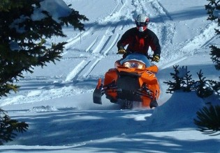 snowmobiling jackson hole